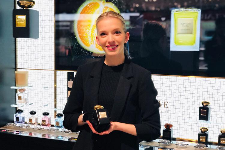 Conseiller/ère de Beauté en Parfumerie - Swiss Beauty Training