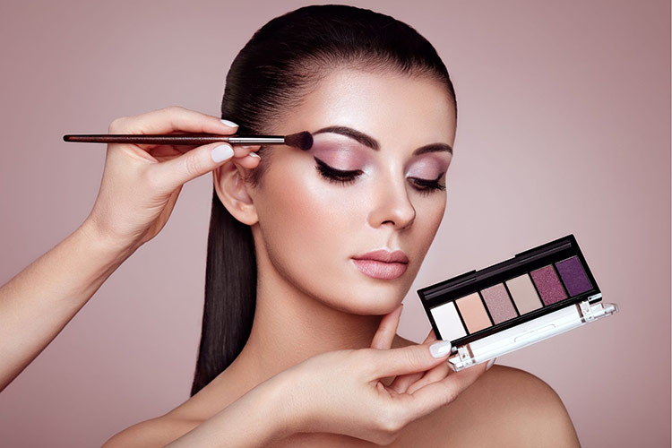Maquillage M.U.A. - Swiss Beauty Training